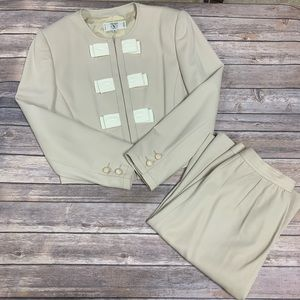 Valentino Miss V made in Italy 2 piece Biege Suit